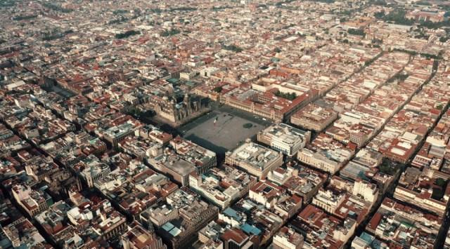 Cidade do México durante a pandemia COVID-19. Imagem © Santiago Arau