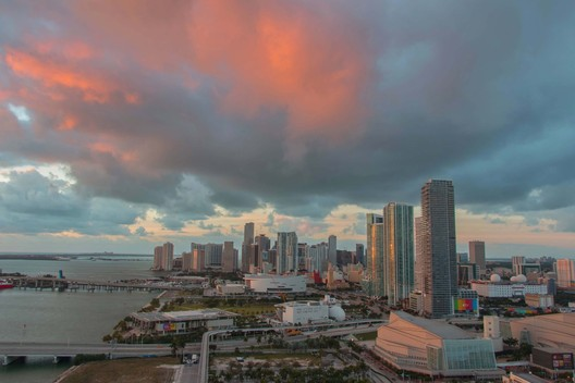 Downtown Miami and Biscayne Bay. Image © Photo by Alyssa Black/Flickr