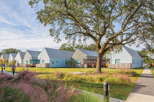 OJT's Bastion Community in New Orleans features trauma-informed design principles. The veterans' housing is arranged so the front doors face inner courtyards—quads with a shared entry point and equal access to streets.. Image © William Crocker