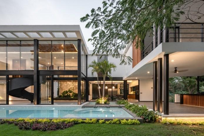 Water House / Di Frenna Arquitectos. Image © Oscar Hernández