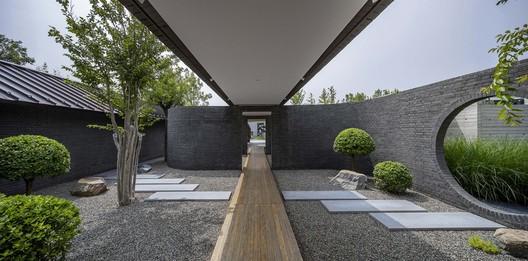 brick garden. Image © Weiqi Jin