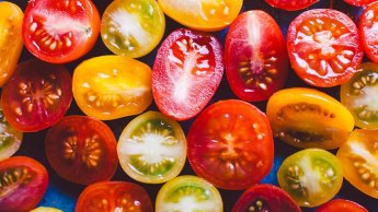 low-carb tomatoes for a diabetes-friendly diet