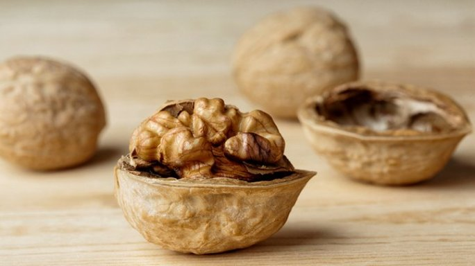 walnuts, which may promote weight loss when eaten in moderation
