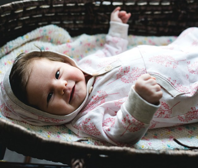 How Long Should My Baby Sleep In A Bassinet And When Should I Move Her Over To A Crib