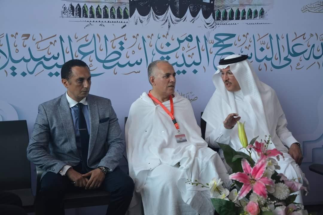 صور السفير السعودي يودع رئيس بعثة الحج بمطار القاهرة بوابة