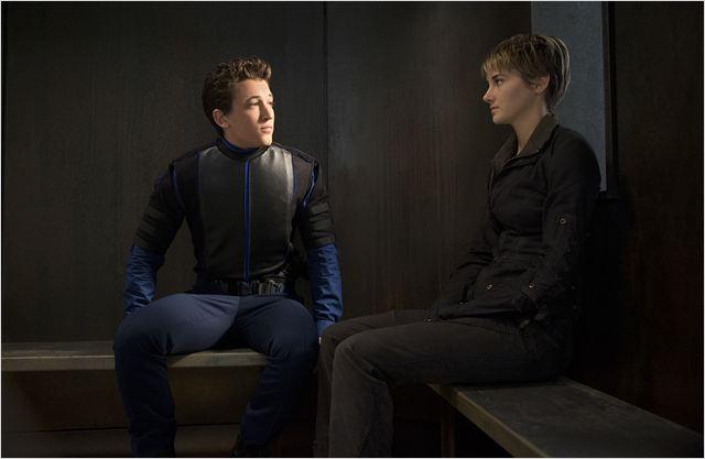 Divergente 2 : l'insurrection : Photo Miles Teller, Shailene Woodley