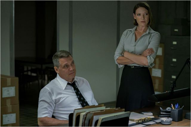 Photo Anna Torv, Holt McCallany