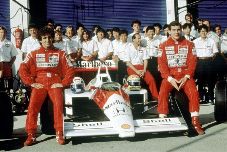 Alain Prost et Ayrton Senna, deux pilotes d'exception qui se sont fait une guerre terrible, mais avaient fini par se réconcilier