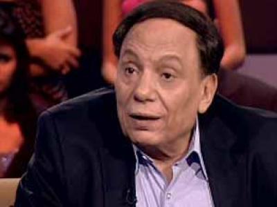 عادل إمام:الحجاب ليس من الاسلام ولا بديل لجمال مبارك في حكم مصر