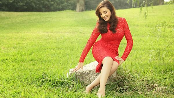 أنغام تنتهي من تصوير غلاف ألبومها الجديد دنيا الوطن