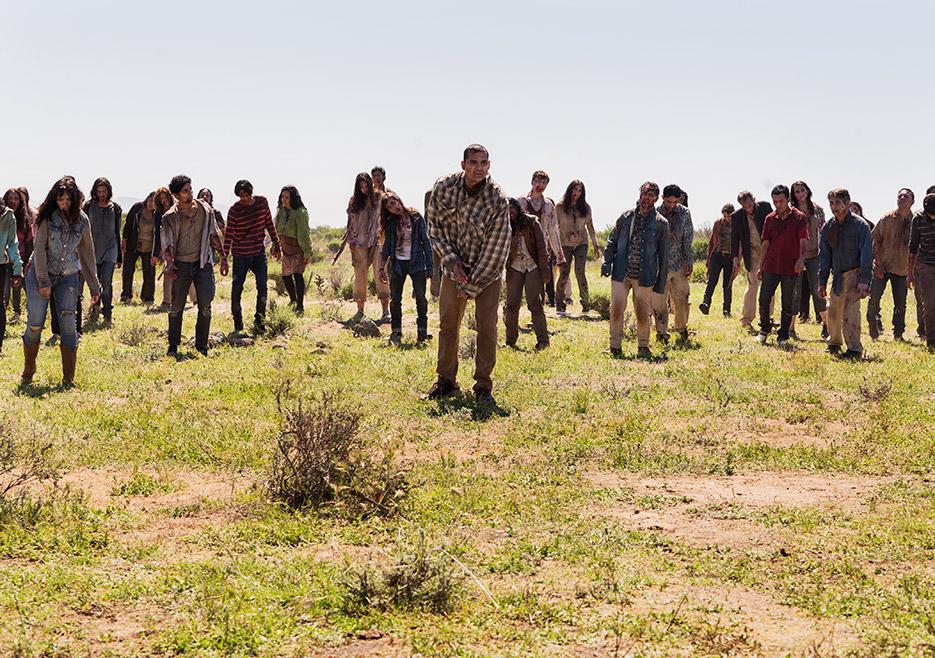 Fear the Walking Dead Horde of Walkers