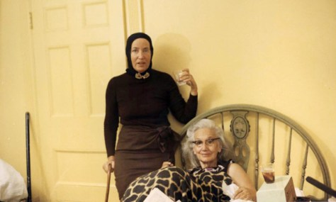 https://i2.wp.com/images.amcnetworks.com/ifc.com/wp-content/uploads/2015/08/Grey-Gardens-Everett-Collection.jpg?w=474