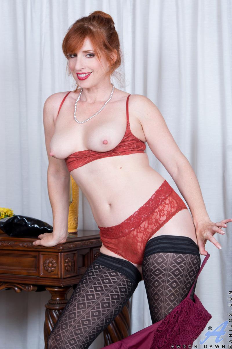 Anilos.com - Amber Dawn: Sexy Mature