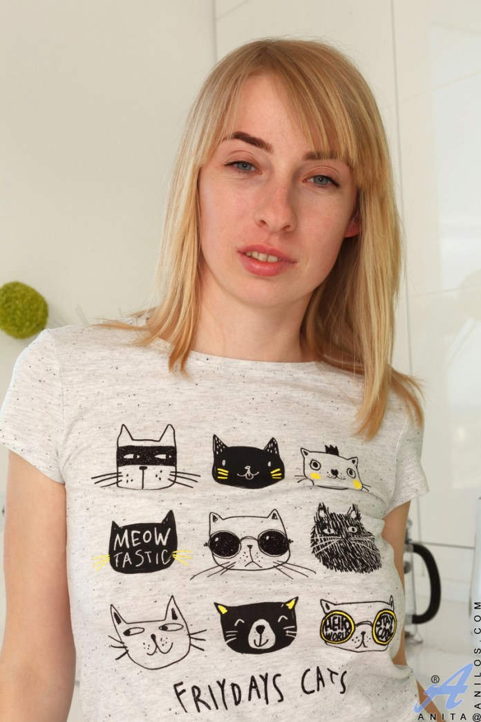 Anilos.com - Anita: Pussycat
