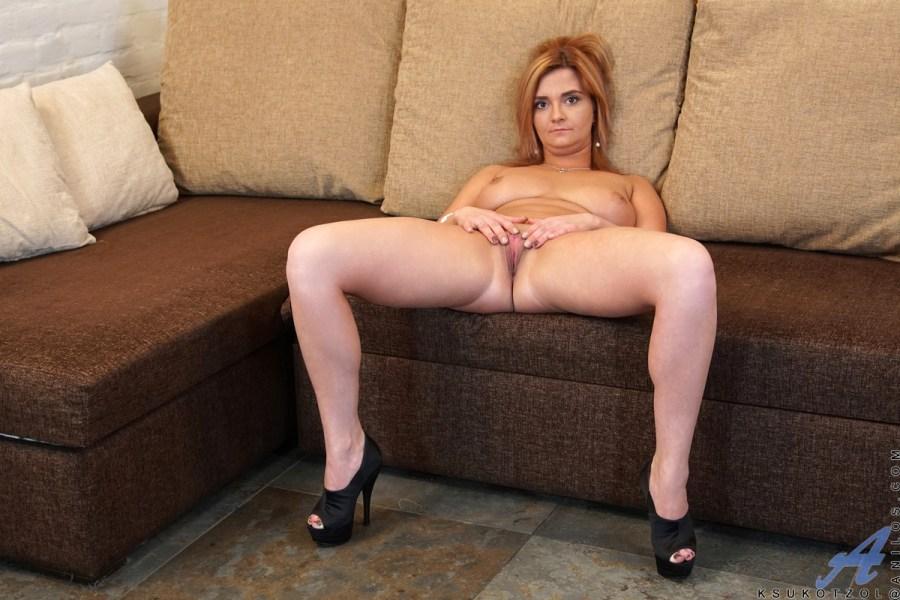 Anilos.com - Ksukotzol: Sexy Mama