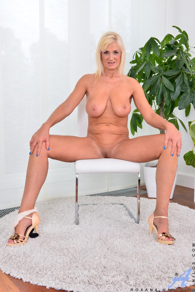 Anilos.com - Roxana Hanova: Temptress