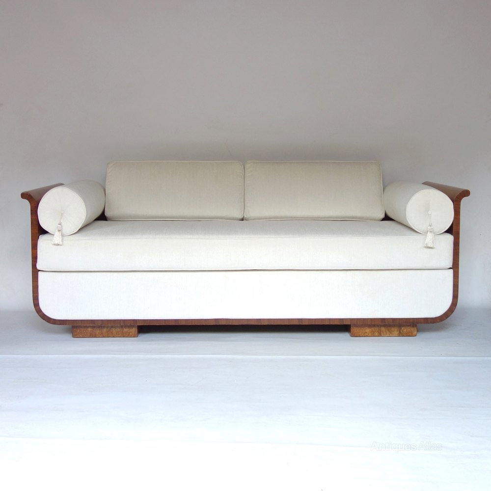 Sale Settees And Sofas