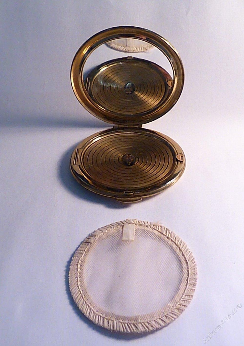 Antiques Atlas Vintage Compacts Kigu Powder Compact