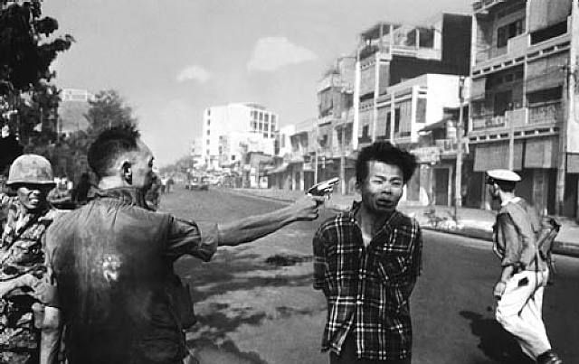 Eddie Adams, Street execution of a Viet Cong prisoner, Saigon