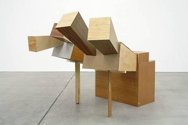 Two-fingered Joe, Wood, cardboard, tape, h: 156 x w: 170 x d: 210 cm