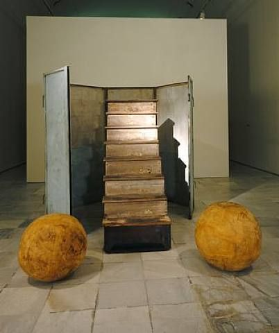 Louise Bourgeois, No Exit