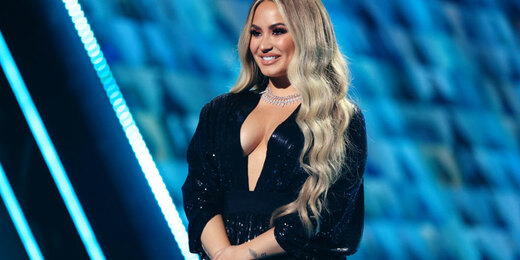Demi Lovato speaks onstage for the 2020 E! People's Choice Awards