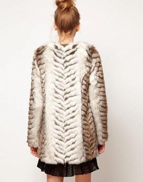Imagen 2 de Abrigo largo sin cuello de piel sintética de A|Wear