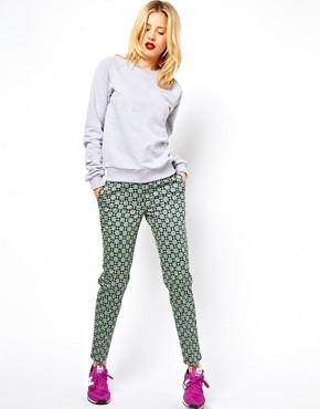 Imagen 1 de Pantalones con estampado geométrico de tendencia de ASOS