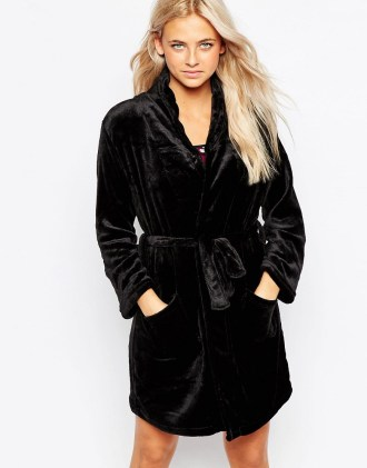 New Look Soft Dressing Gown 100 Cheap Thoughtful Gift Ideas For Her Under £20