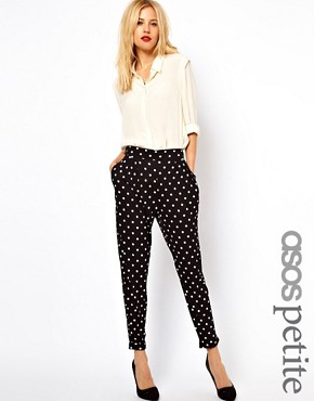 https://i2.wp.com/images.asos-media.com/inv/media/5/2/8/5/2705825/blackwhite/image1xl.jpg