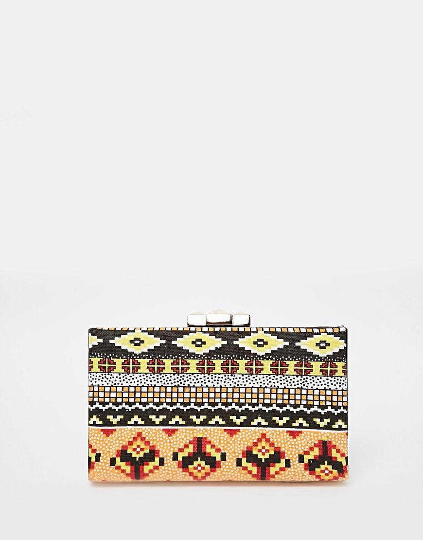 Imagen 1 de Chutch cuadrado con estampado azteca de Liquorish