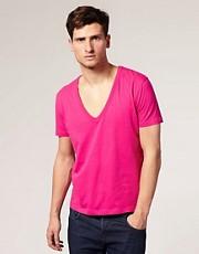 ASOS - T-shirt manches courtes avec col V profond