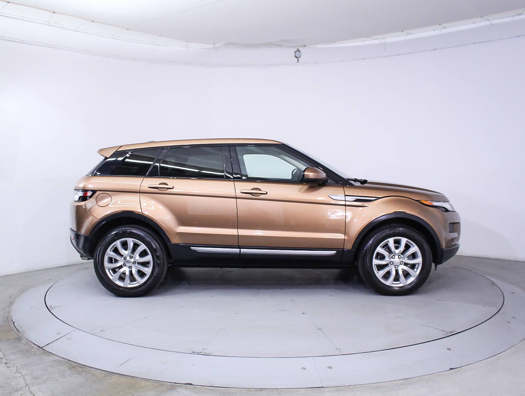 Used 2014 LAND ROVER RANGE ROVER EVOQUE PURE SUV for sale in