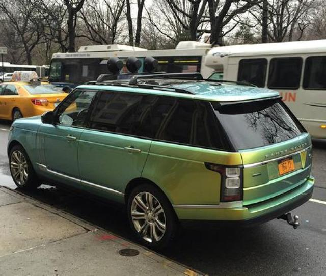 I Spotted This Range Rover With Color Changing Paint Featured Image Large Thumb0