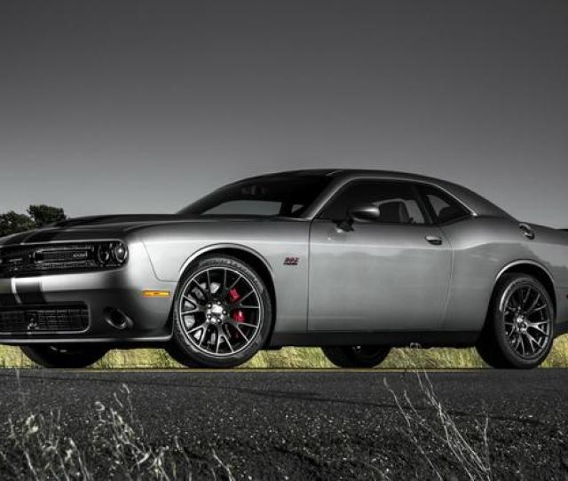Dodge Challenger Srt Hellcat First Drive Review Featured Image Large Thumb