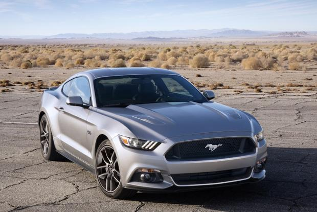 2014 vs  2015 Ford Mustang  What s the Difference    Autotrader 2015 Ford Mustang  What s the Difference  featured image large thumb0