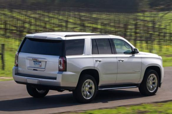 2015 Chevrolet Tahoe vs  2015 GMC Yukon  What s the Difference     2015 Chevrolet Tahoe vs  2015 GMC Yukon  What s the Difference  featured  image large