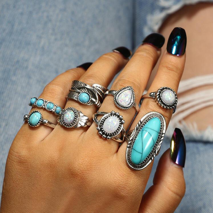 Bohemian Turquoise Bead Ring Set