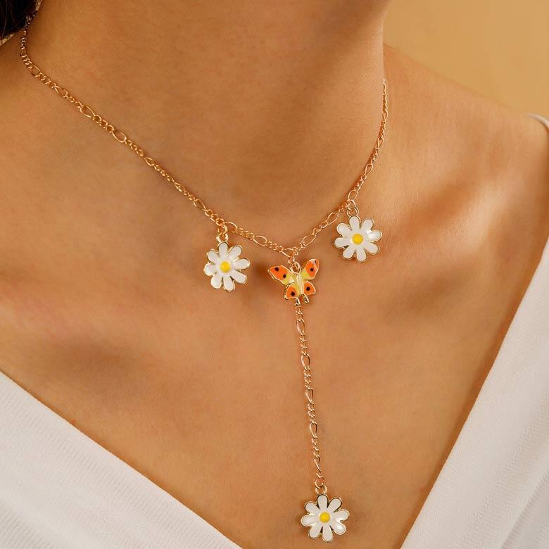 Daisy Butterfly Pendant Necklace