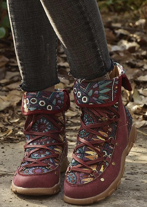 Floral Splicing Lace Up Round Toe  Boots - Burgundy