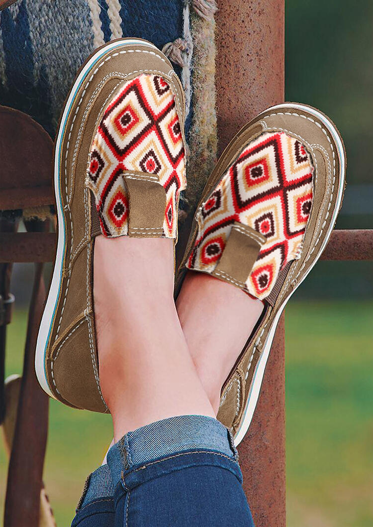 Aztec Geometric Round Toe Flat Canvas Sneakers - Light Coffee