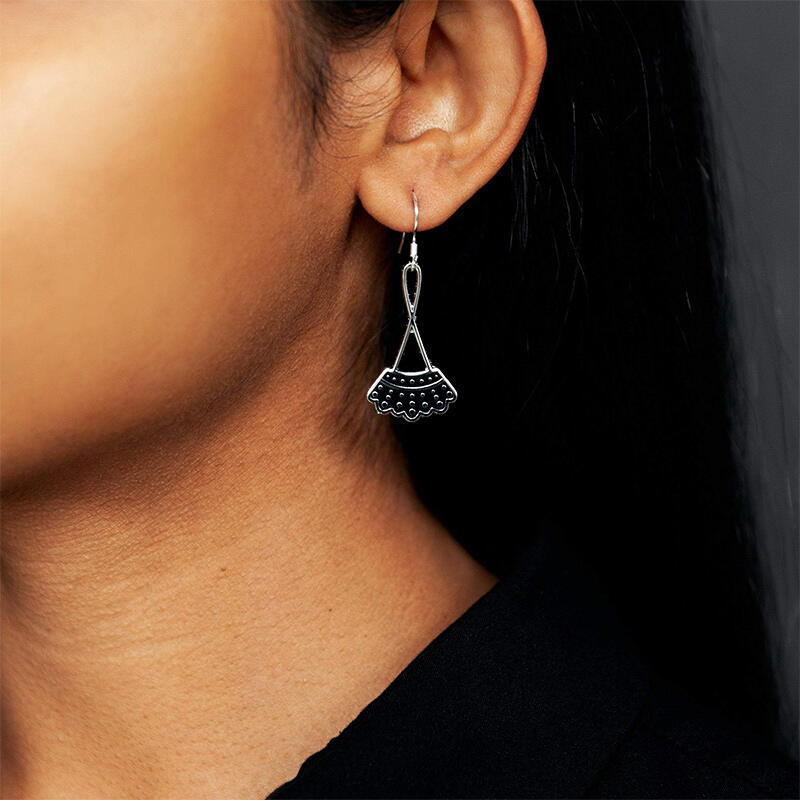 Hollow Out Dissent Collar Dangle Drop Earrings