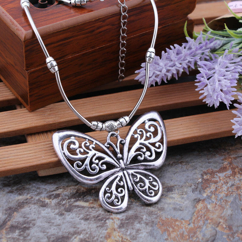 Vintage Hollow Out Butterfly Pendant Necklace