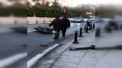Beşiktaş'ta Kontrolden Çıkan Otomobil Motosiklete Çarptı 1 Yaralı