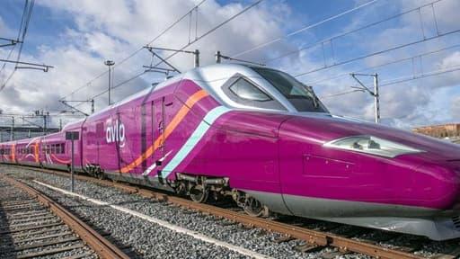 Espagne: la Renfe lance son TGV low-cost sur la même ligne que le Ouigo de la SNCF