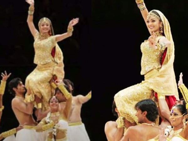 Sushant dances behind Aishwarya Rai at the opening ceremony of the Commonwealth Games (2006).