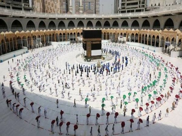 In the name of Haj processing fee, 13 and a half crores were raised last year, this time also crores of rupees have been received from 65 thousand applications.  In the name of Haj processing fee, 13 and a half crores were raised last year, this time also crores of rupees have been received from 65 thousand applications