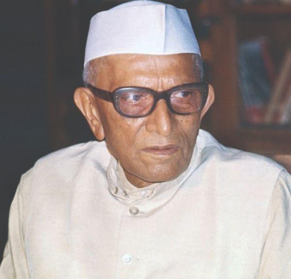 1977 में आज ही के दिन मोरारजी देसाई ने भारत में पहली गैर-कांग्रेसी सरकार बनाई थी।