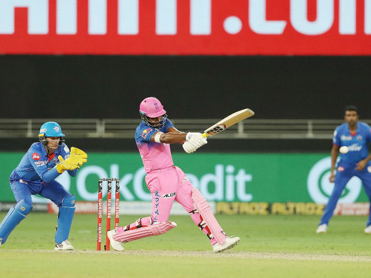 Sanju Samson of Rajasthan scored 25 off 18 balls with the help of 2 sixes.  Samson has become the highest sixes batsman in a season.  He has scored 8 matches, 18 sixes.