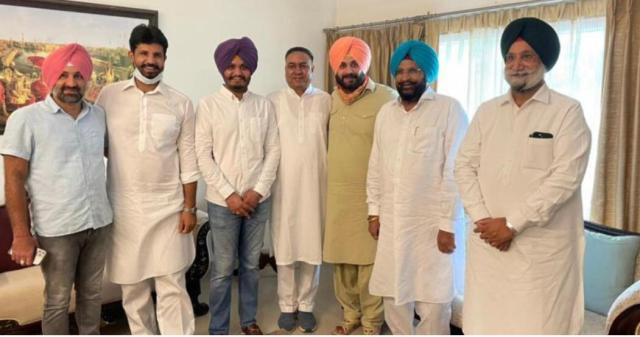 Navjot Singh Sidhu with Congress ministers and MLAs.